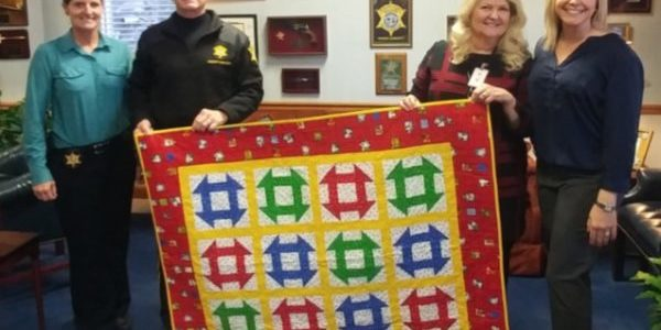 Richland County Sheriff's Deptartment receives quilts for children